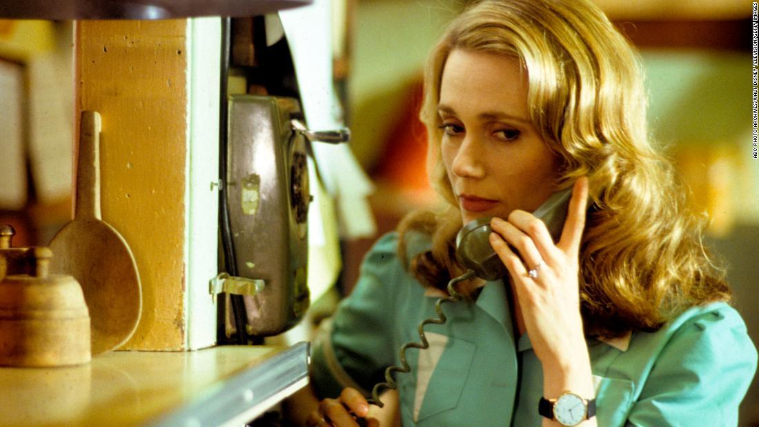 Îți amintești când femeile din Twin Peaks au fost din nou nostalgizate?