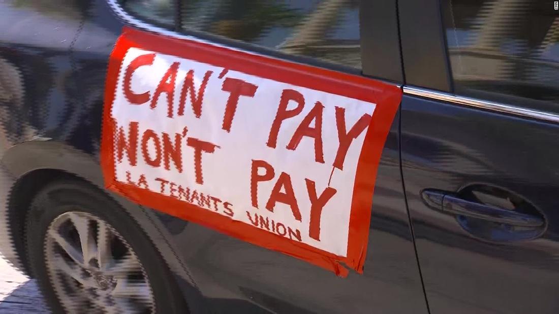 Aproape o treime dintre americani nu au plătit chirie în această lună, spun datele noi.