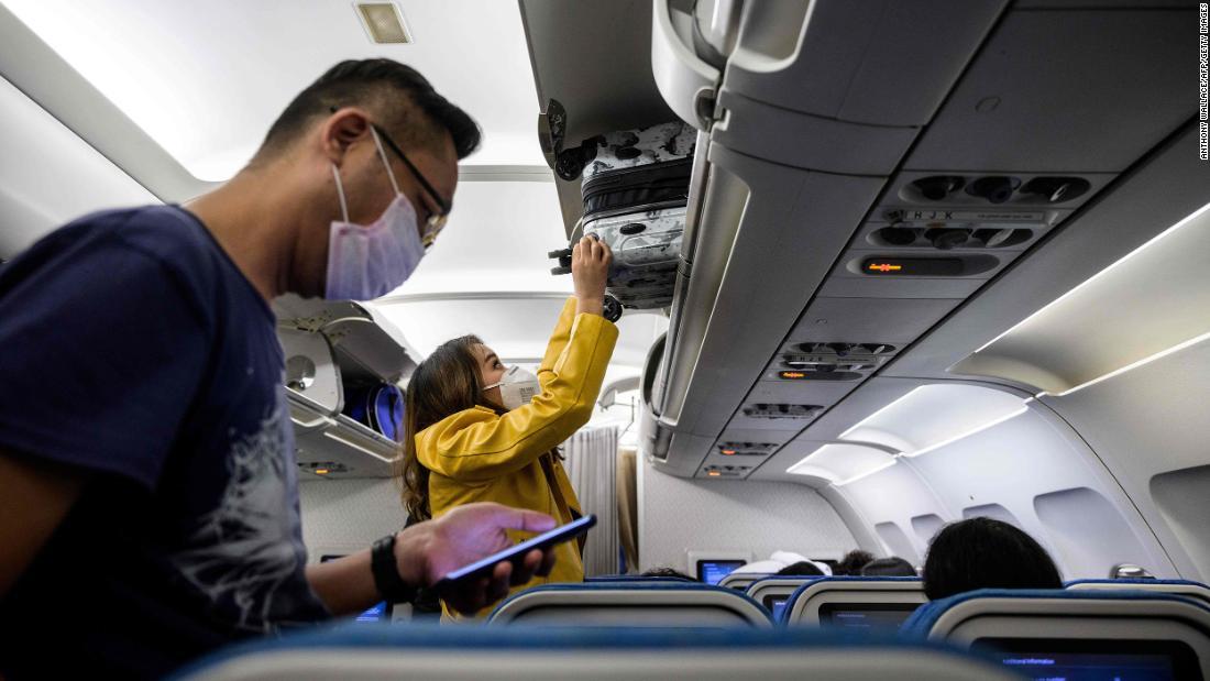 Dacă trebuie să zburați, acesta este modul în care companiile aeriene încearcă să vă protejeze