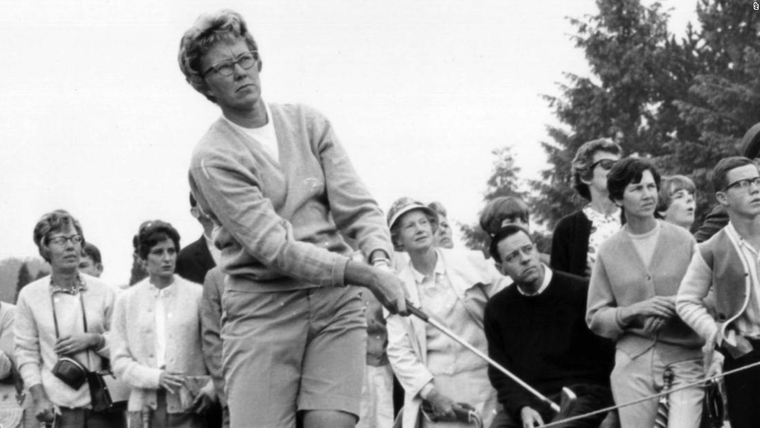 Mickey Wright: legenda golfului feminin moare la 85 de ani