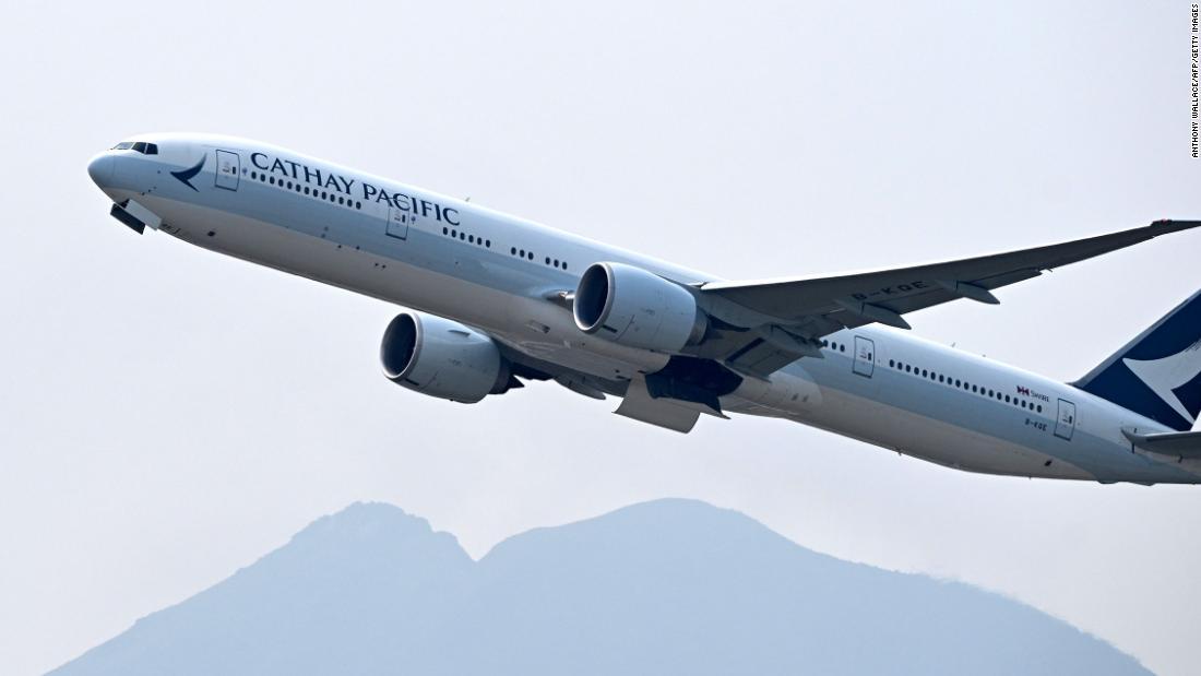Programele de fidelizare ale companiilor aeriene vor extinde statutul de elită al pasagerilor în timpul unei epidemii de coronavirus?
