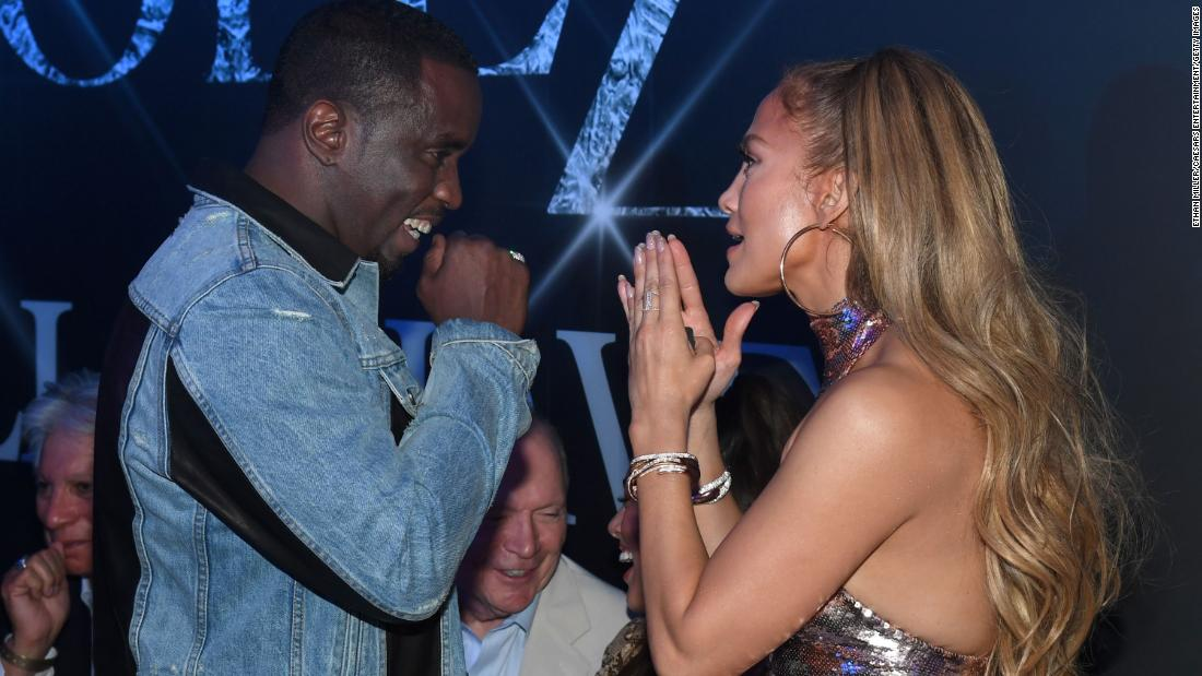 Sean 'Diddy' Combs și Jennifer Lopez se reunesc pentru o petrecere de dans