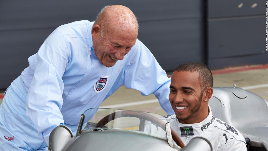 """Stirling Moss: lumea automobilismului aduce un omagiu legendei """"curse"""""""