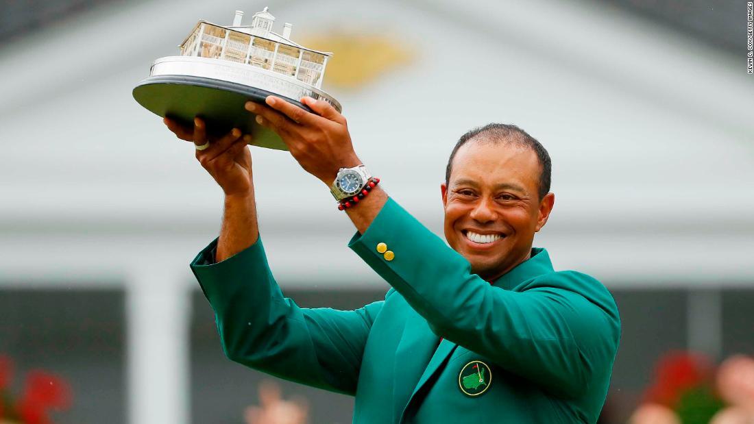 Tiger în număr: o mare victorie la golf la aproape 4.000 de zile de la ultima sa