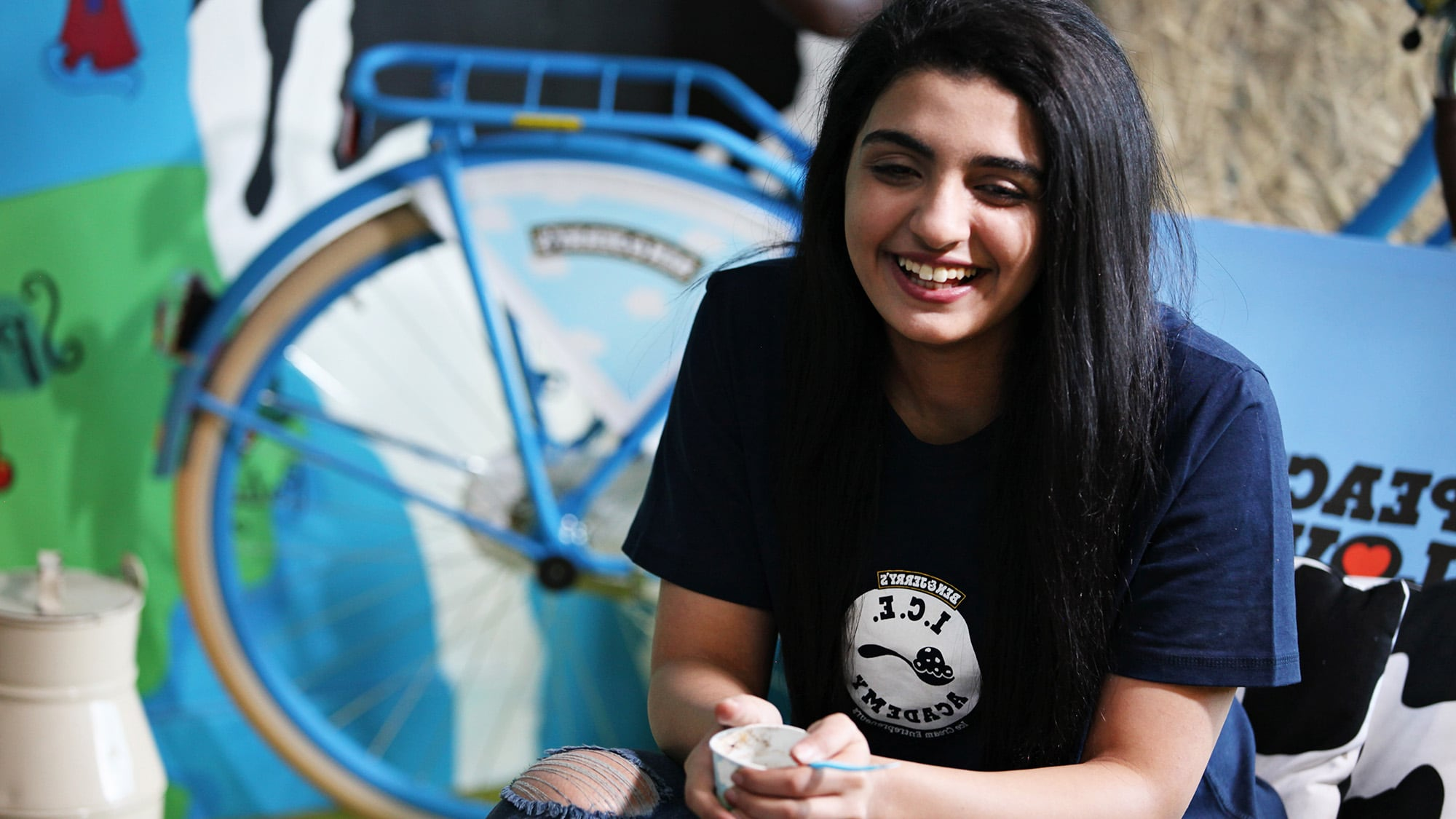 Trei moduri inovatoare de a ajuta refugiații ... și ei ne ajută   știri
