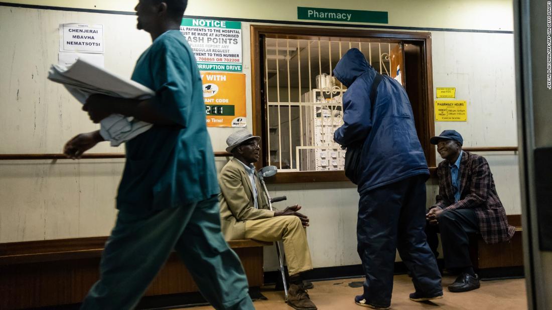 Zimbabwe: Medicii și asistentele scad instrumentele după lipsa echipamentului de protecție împotriva coronavirusului