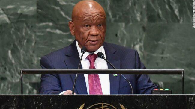 Prim-ministrul Lesotho, Thomas Thabane, demisionează