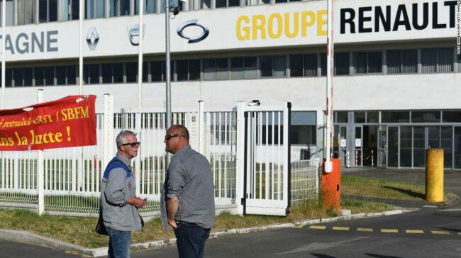 Renault taie 14.600 de locuri de muncă, deoarece coronavirusul produce ravagii în industria auto