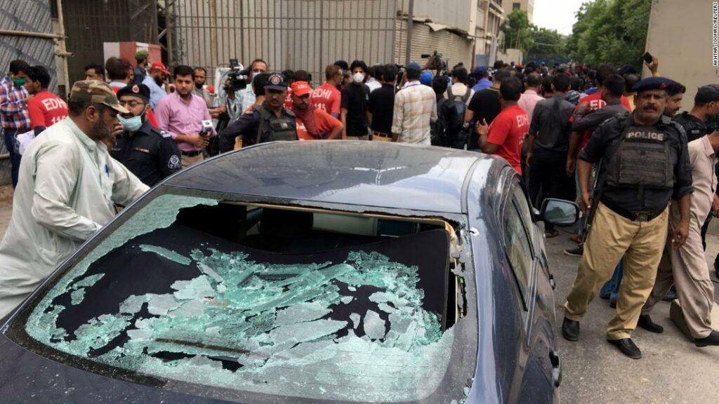 Bursa din Pakistan: câțiva morți după atacul asupra oamenilor înarmați la PSX de la Karachi