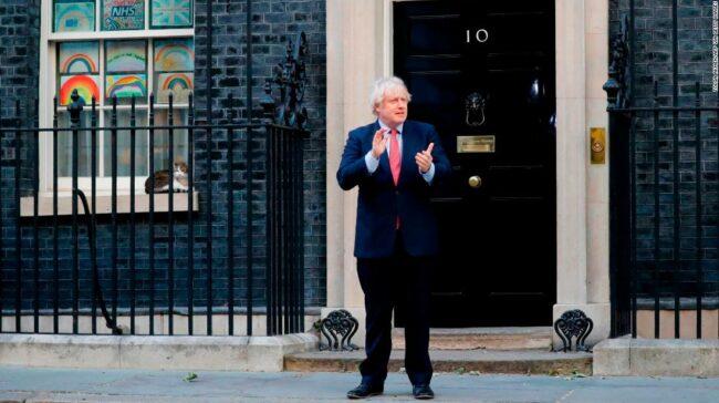 Coșmarul Brexit al lui Boris Johnson revine în cel mai rău moment posibil