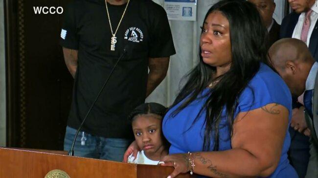 Fiica mamei lui George Floyd spune că vrea să fie făcută dreptate pentru el