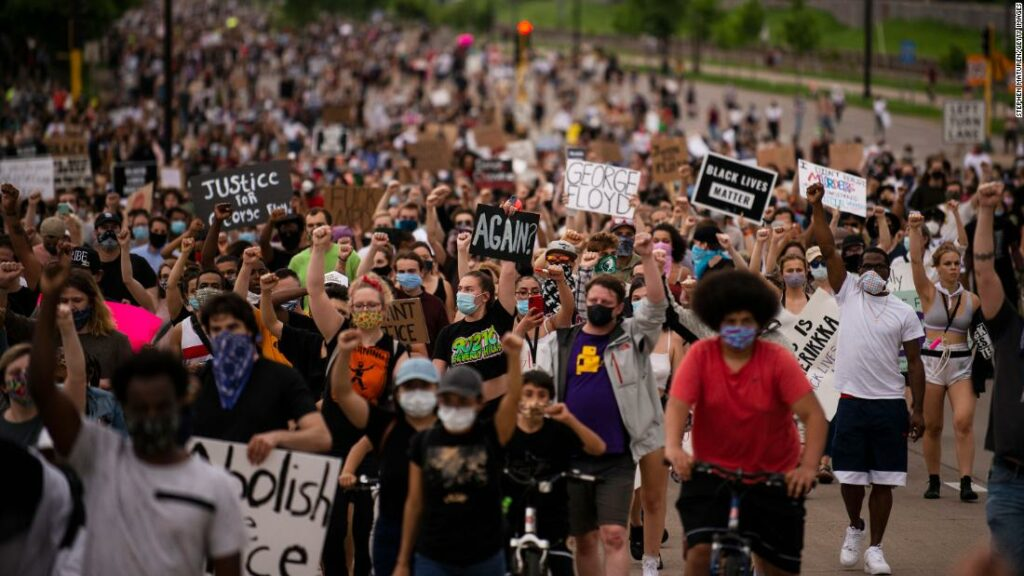 George Floyd protestează în Statele Unite