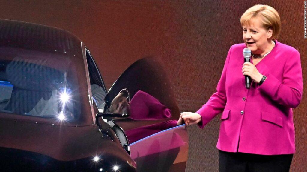 Germania distribuie bani pentru mașinile electrice ca parte a unui nou val de stimulare
