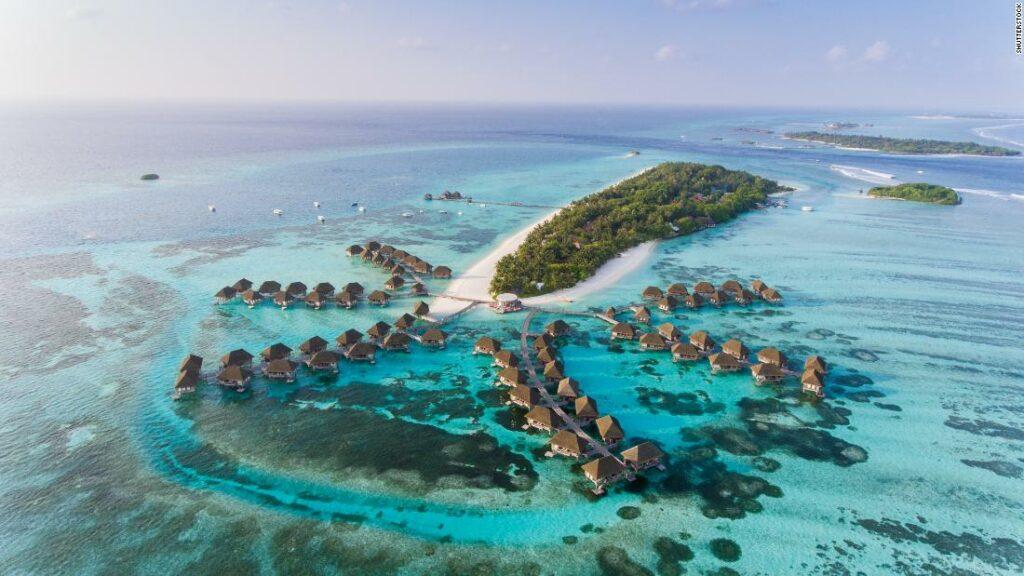 Maldive este acum deschis tuturor turiștilor din întreaga lume. Așa o fac