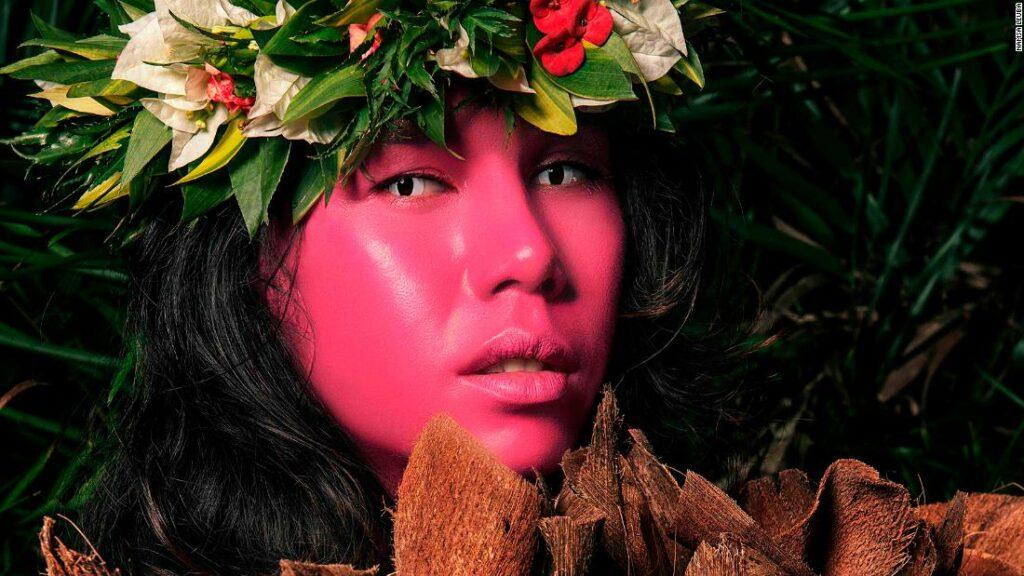 Portretele uimitoare ale Namsa Leuba surprind cel de-al treilea sex al lui Tahiti