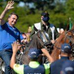 Președintele brazilian Bolsonaro a ordonat de judecătorul federal să poarte masca de față în public