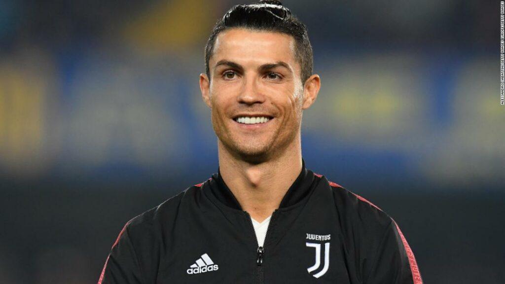 Ronaldo este prima vedetă a fotbalului care a trecut marca miliardului de dolari