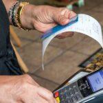 Americanii reduc rapid datoria cu cardul de credit în timpul pandemiei