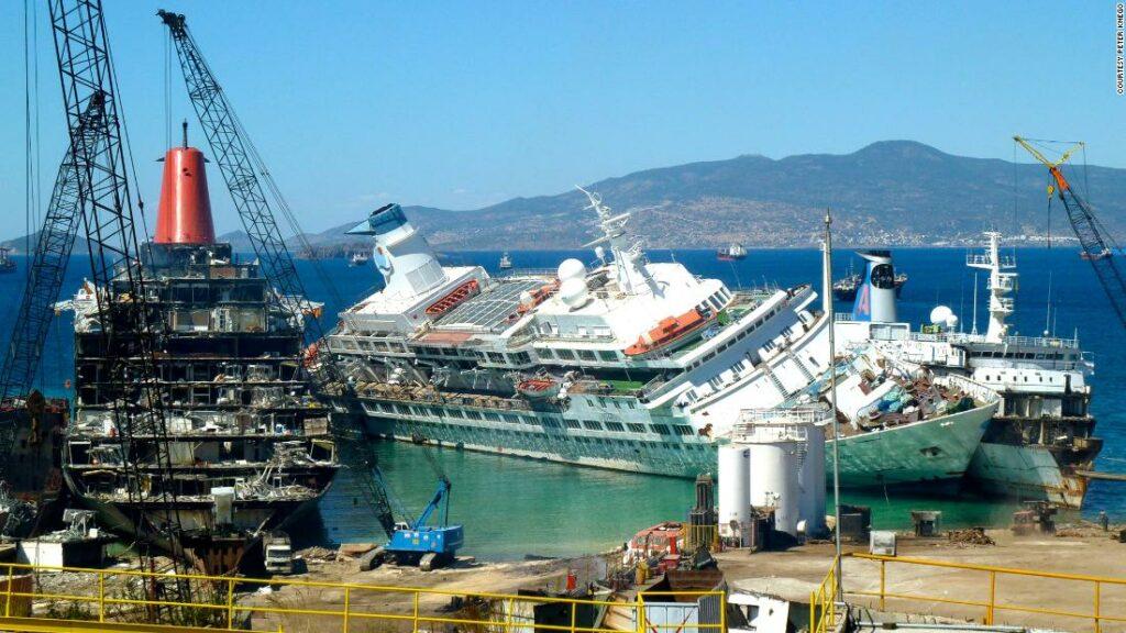Ce se întâmplă cu navele de croazieră când se retrag