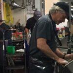 De la superstar rock la mașina de spălat vase, Jon Bon Jovi își alimentează comunitatea