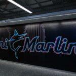 Miami Marlins a decis, în cadrul unei discuții, să joace meciul de duminică împotriva Philadelphia Phillies