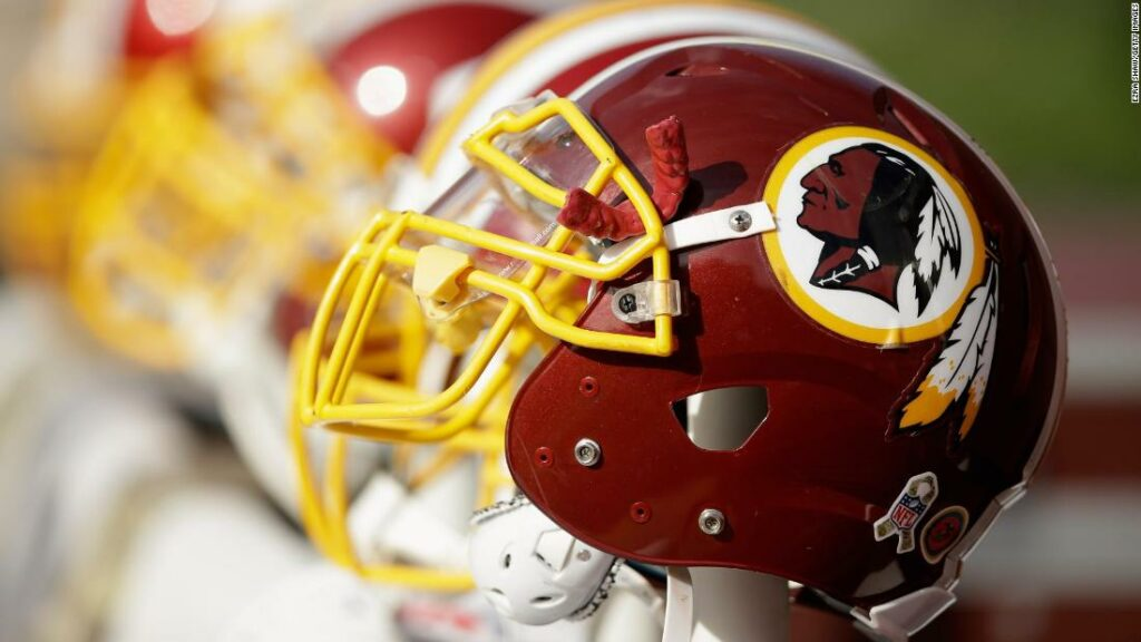 NFL Washington Redskins va anunța schimbarea poreclului echipei luni