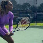 Serena Williams lovește terenul de tenis cu fiica Olympia
