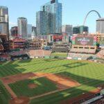 Comisarul de baseball avertizează că ar putea încheia sezonul dacă coronavirusul nu este mai bine gestionat, relatează ESPN
