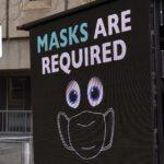 O femeie fără mască a fost împinsă de un zid de poliția australiană